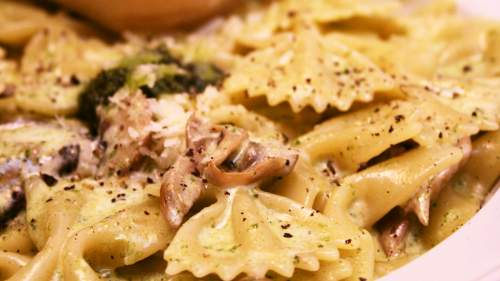 Pasta with Chicken, Wild Mushrooms & Tagliatelle