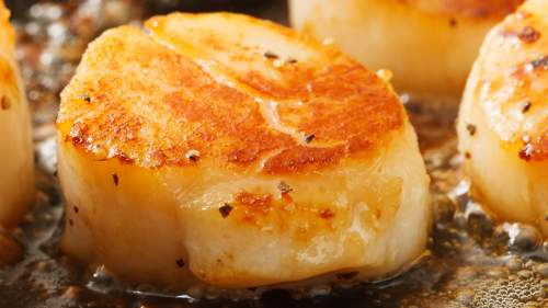 Seared Scallops with Leeks and Ginger
